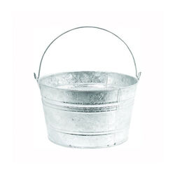 Behlen Hot-Dipped Steel Scrub Pail 4.25 gallons