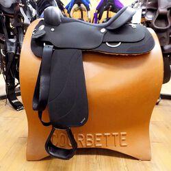 Wintec New Generation Close Contact Western Saddle