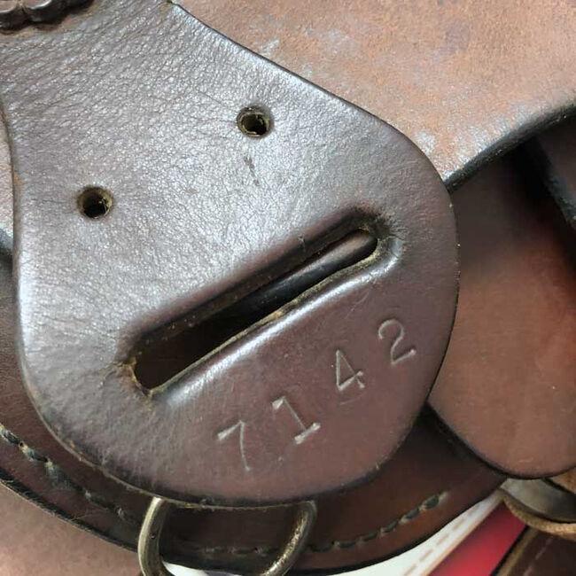 Used Bona Allen Western Saddle image number null