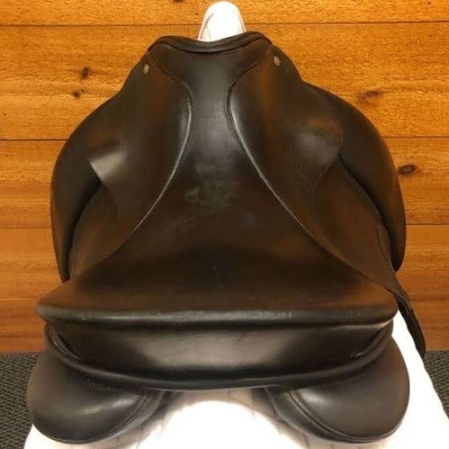 Used Schleese Ostergard Dressage Saddle image number null